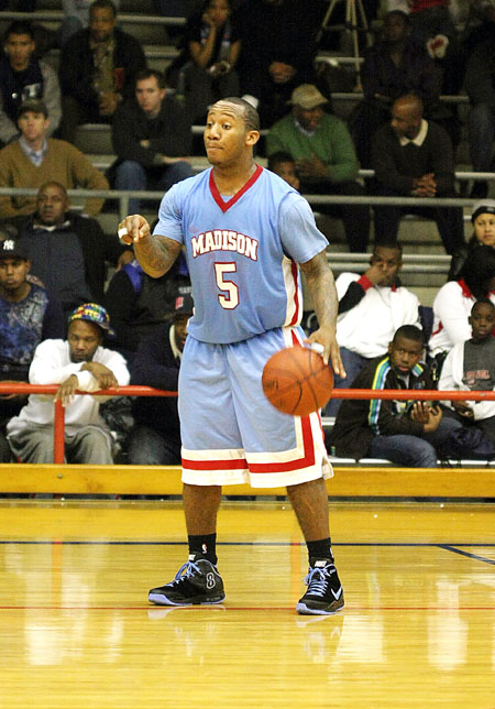 Rejone Edwards for B-Ballsports.com